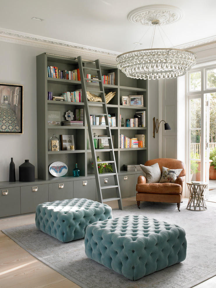 7 Glamorous Blank Wall Solutions That Bring in Some ...