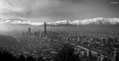 Santiago por la mañana bn by Alejandro Bonilla