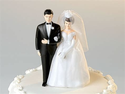 Traditional wedding cake toppers   idea in 2017   Bella