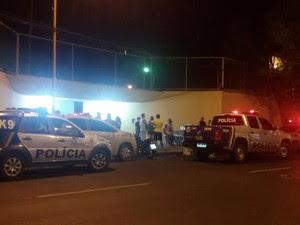 Crime ocorreu no colégio Nossa Senhora Auxiliadora (Foto: Taisa Alencar / G1)