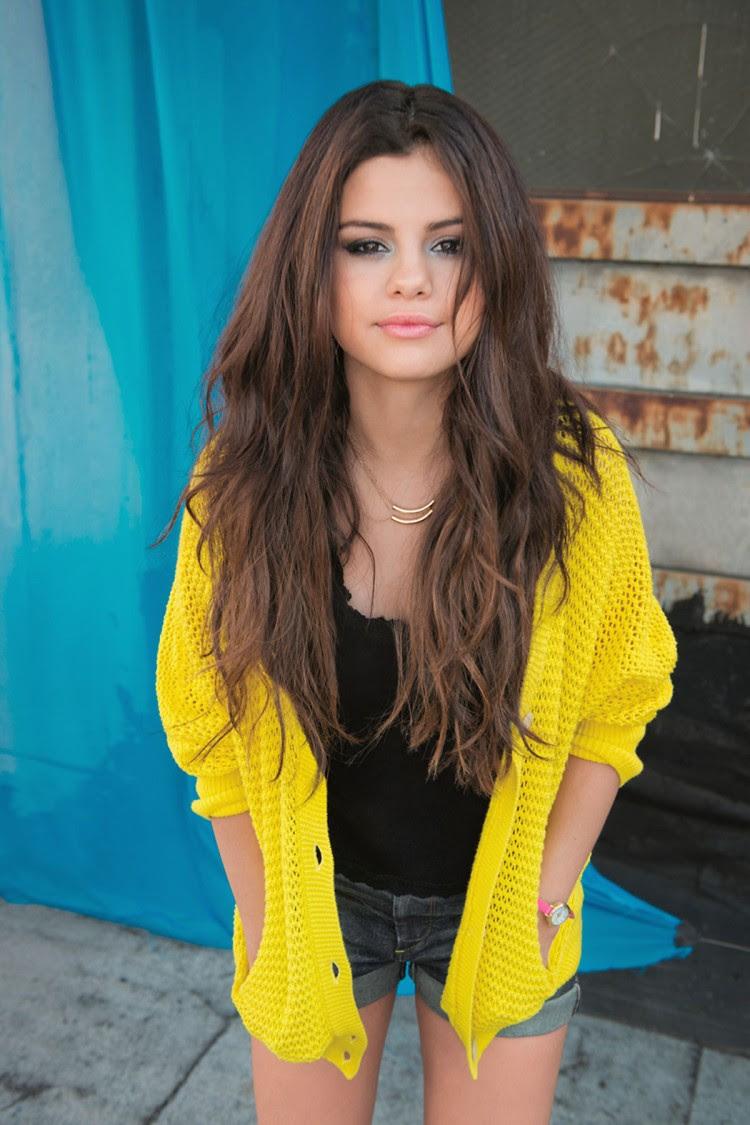 Selena-Gomez-Adidas-Neo-Photoshoot-Pictures-10