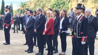 El govern de la Generalitat en l'ofrena al memorial a Lluís Companys al fossar de la Pedrera
