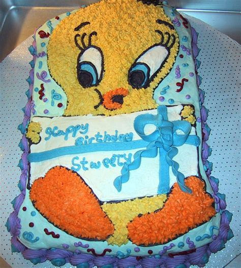 Tweety Bird Cakes ? Decoration Ideas   Little Birthday Cakes