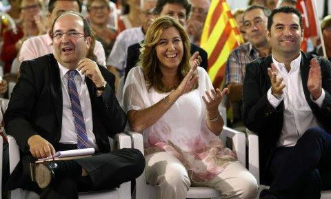 El líder del PSC y candidato a sus primarias, Miquel Iceta, y la presidenta andaluza, Susana Díaz, en una acto de campaña en Mataró.-EFE