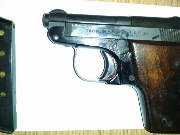Guarda apreendeu pistola com garoto de nove anos em Piracicaba (Foto: Divulgação/Guarda Municipal)