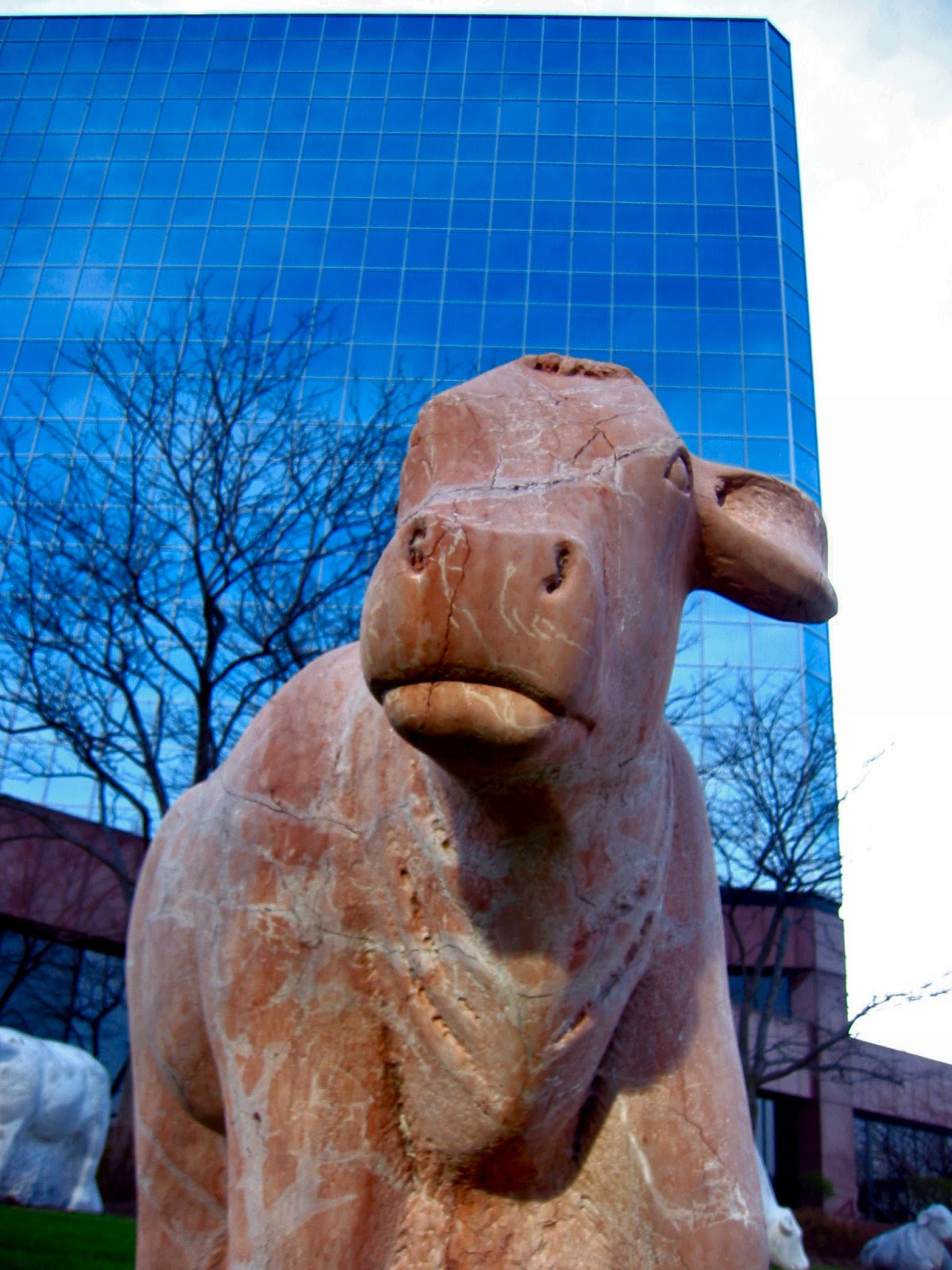 soul-amp cow statue pics