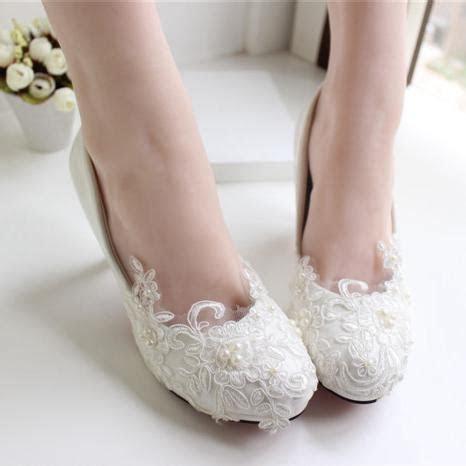 White Lace Wedding Shoes Kitten Heel Handmade 2015 Bridal