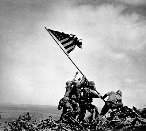 el mástil de la bandera fue una tubería