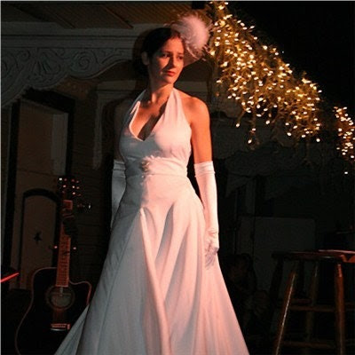 Sumptuous Starlet Wedding Gown SALE Size 8 (M)