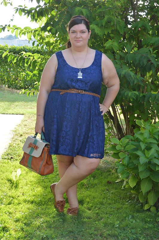 Outfit blu e cuoio 7