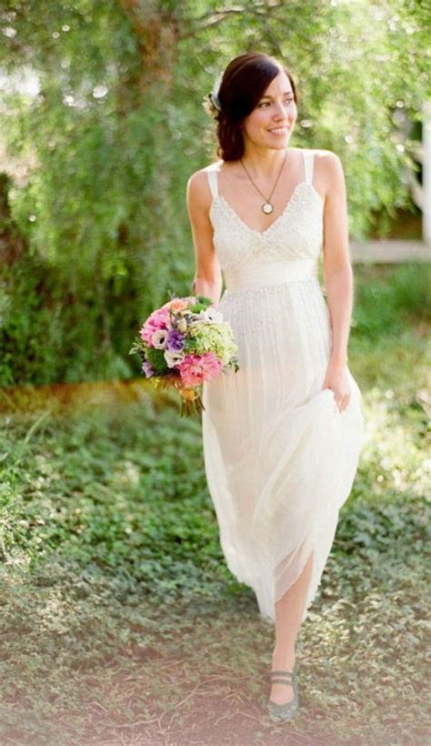 Sweet Chiffon Lace Wedding Dress for Older Brides Over 40