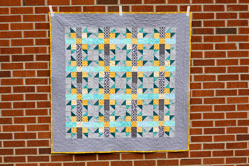 Mini Claw Throw Quilt by Jeni Baker