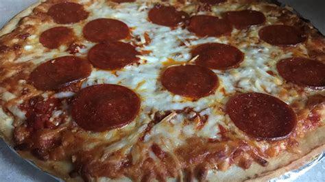 wisconsin frozen pepperoni pizza depends   taste