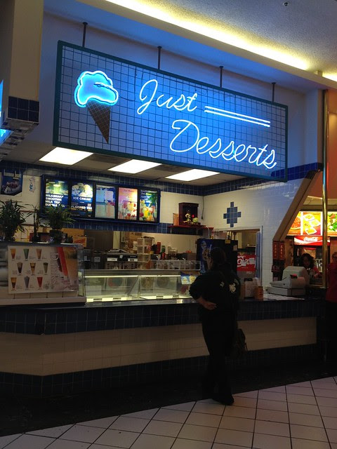 Mall - T&L and Just Desserts