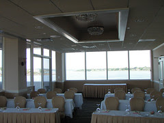Oyster Point Hotel: Art Opera 10