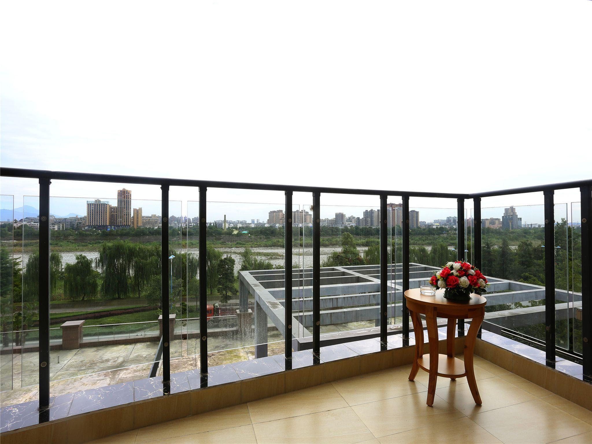 Review Bedom Apartments  Xintiandi the Bund Dujiangyan