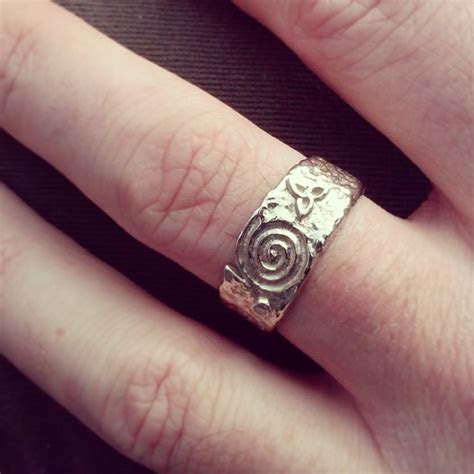 1000  images about Celtic Jewellery on Pinterest   Gold
