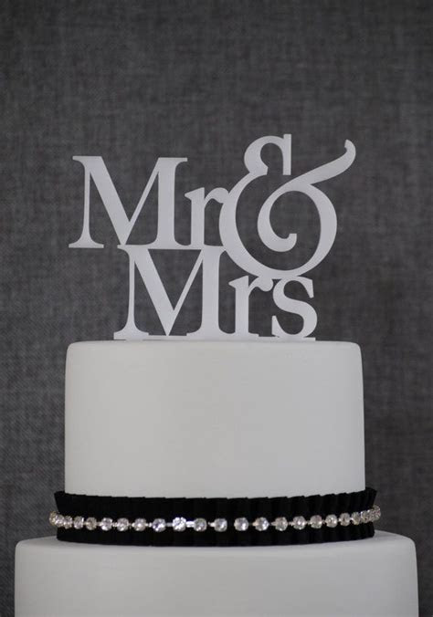 Mr and Mrs Wedding Cake Toppers, Elegant Traditional