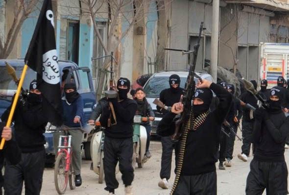 Hình ảnh IS nghênh ngang khoe xe tăng, vũ khí khủng cướp được từ Iraq số 6