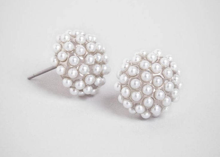 Pearl pavé stud earrings | Cool Mom Picks