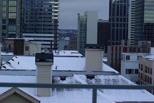 2008-12-14 Snow in Seattle Downtown