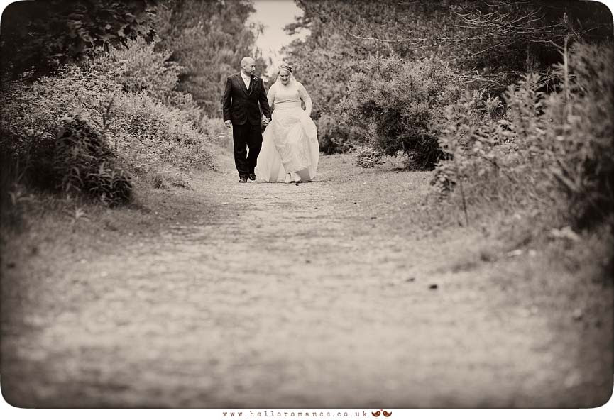 Black & White Wedding Photos Suffolk Bromswell Eyke - Hello Romance