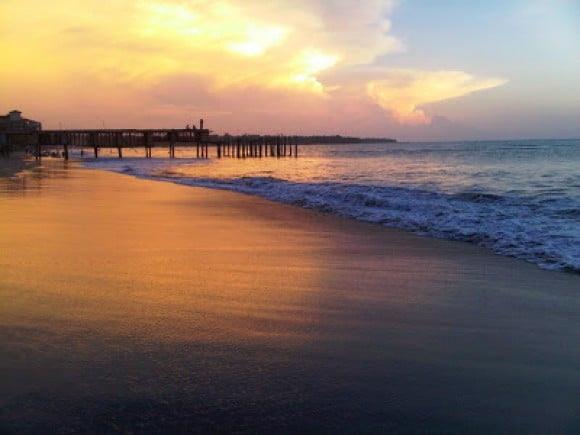 1030+ Gambar Pemandangan Pantai Keren Gratis