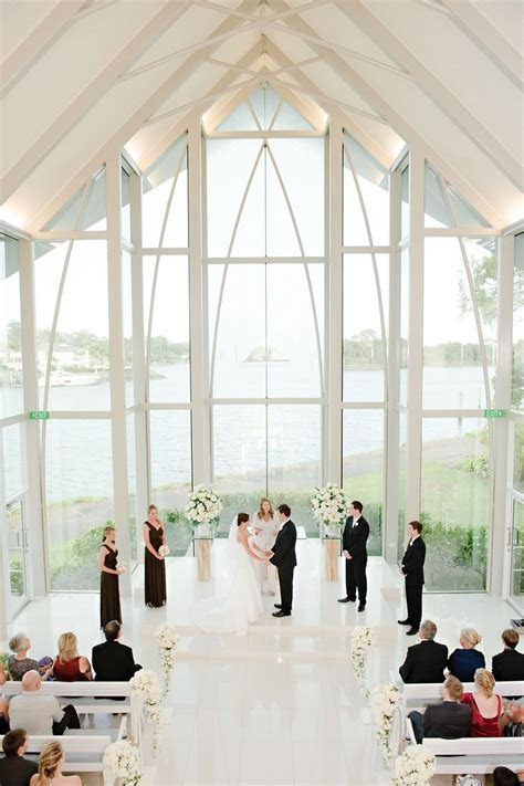 32 Pictures of the Best Indoor Wedding Venues   Beautiful
