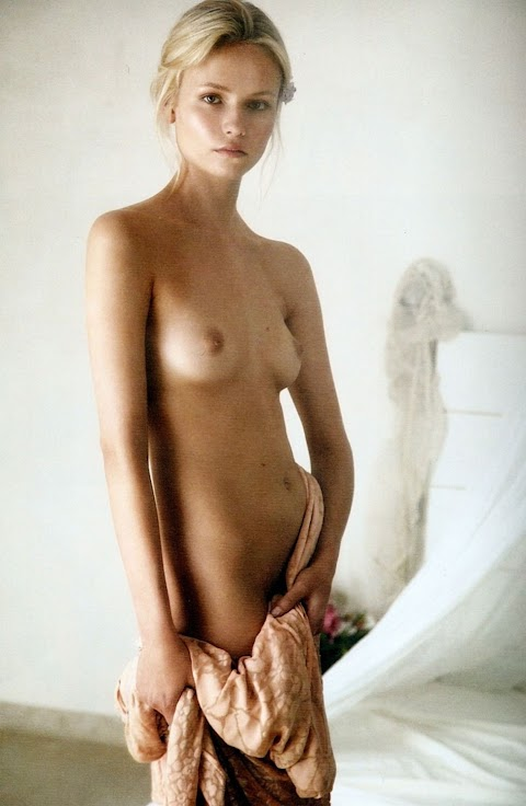 Pascale Hutton Nude - Hot 12 Pics | Beautiful, Sexiest