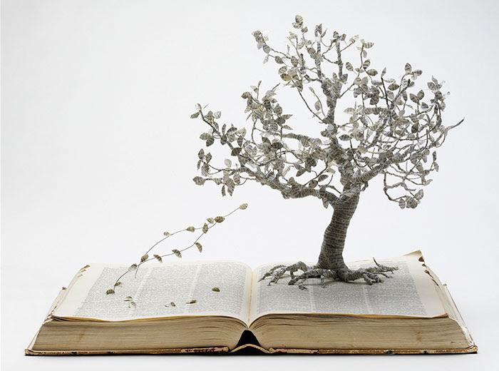 esculturas-iluminadas-libros-viejos-moradas-su-blackwell (8)