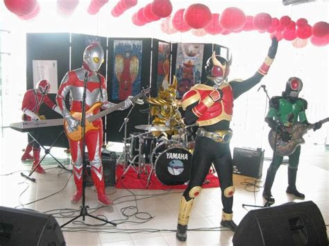 band superhero foto lucu