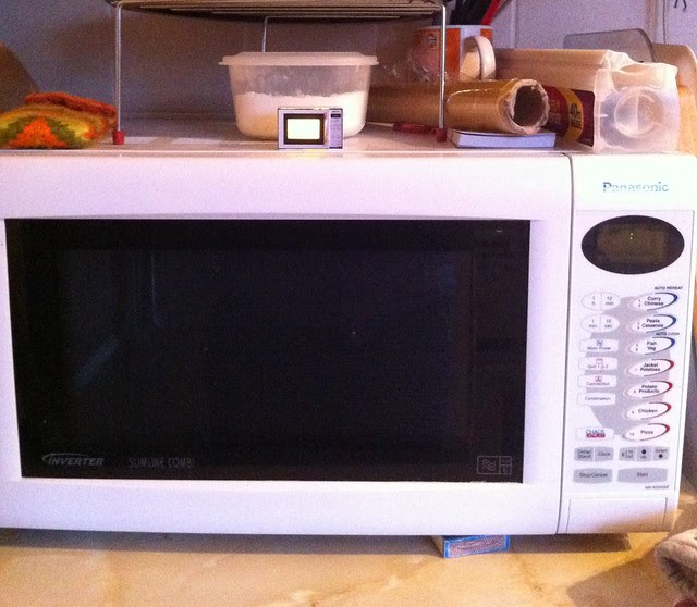 1/12th scale 'working' Microwave
