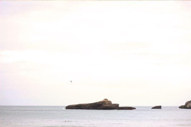 photo 12-Biarritz_rocher_plage_mirama_zps5721f338.jpg