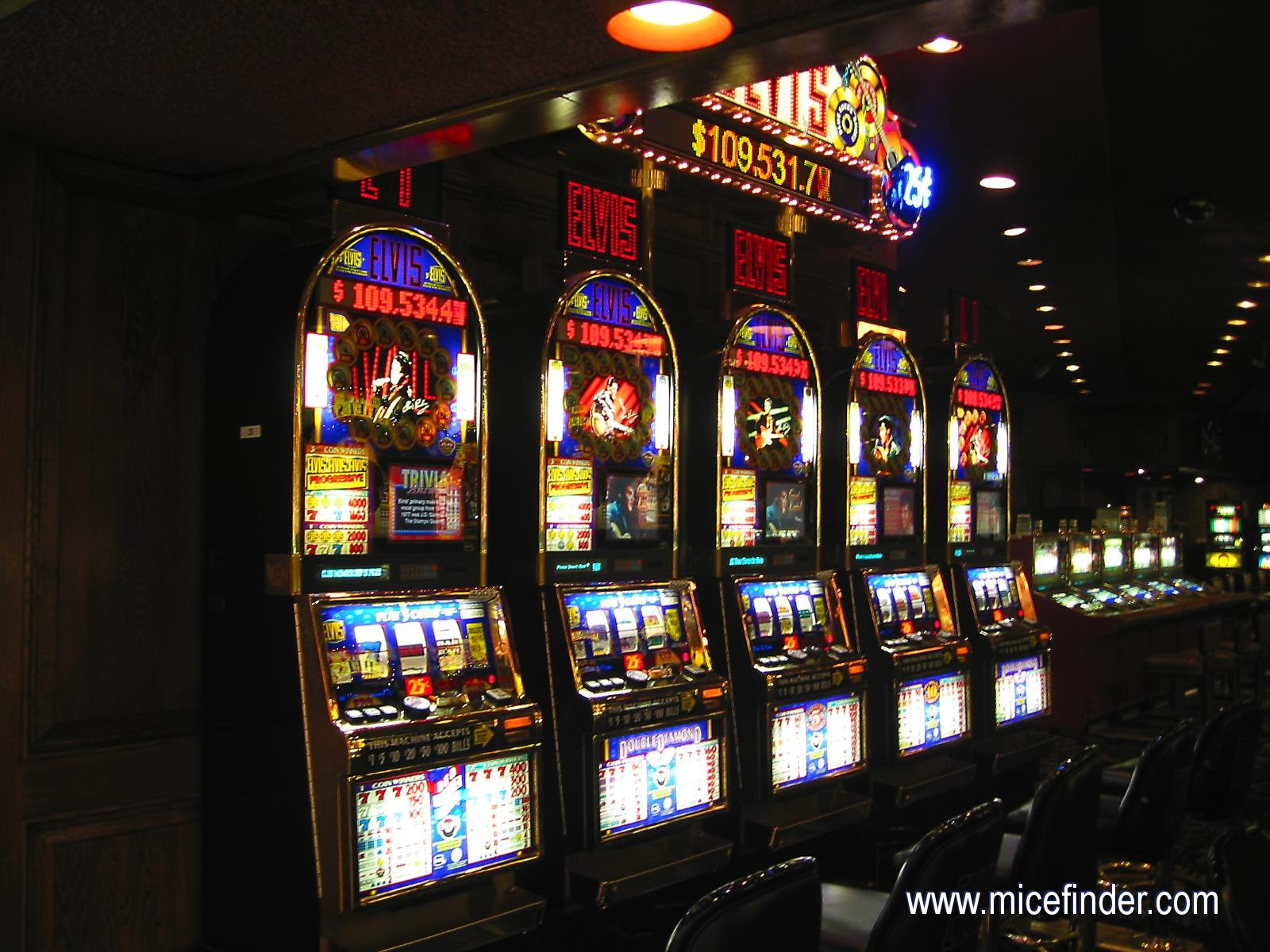 You will find that many Las Vegas Casinos are owned by the same company, and as such the slot and casino comp cubs at a lot of Las Vegas casinos tend to be the same ones.However, with some shopping and hunting around you can find some unique standalone slot clubs in Vegas.