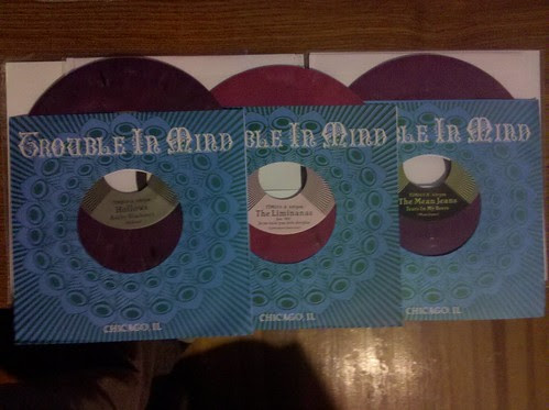 "Hollows, Liminanas & Mean Jeans - Trouble In Mind 7""s by factportugal"