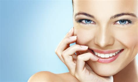 Totally genius tips: healthy, whiter teeth at home