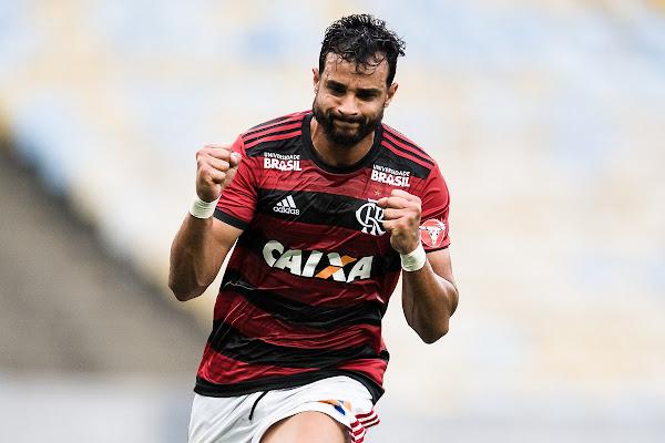 84b68b318a1fa Sport x Flamengo  com Dourado de titular