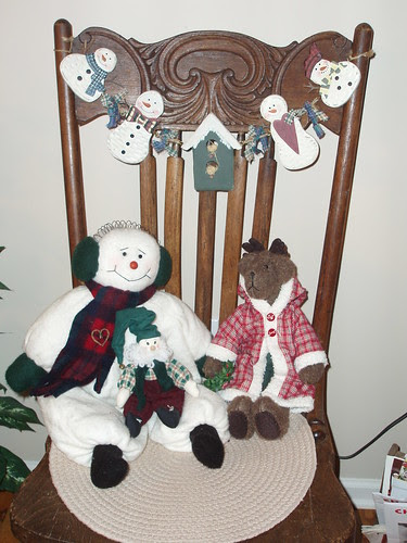 3 crafts on old chair