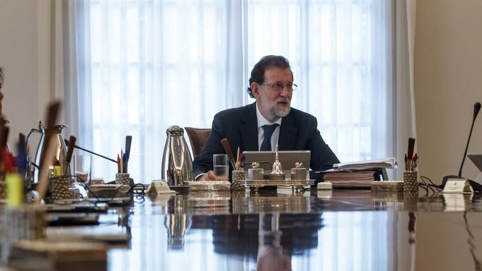 Rajoy recurre el 1-O al TC y pide que se advierta al Govern y a los alcaldes de su deber de impedirlo