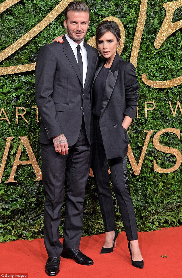 Encontrar a fama eo amor: A banda chegou ao estrelato, com Victoria casar com multi-milionário jogador de futebol David Beckham em 1999, enquanto Mel embarcou em uma carreira em seu hospital local