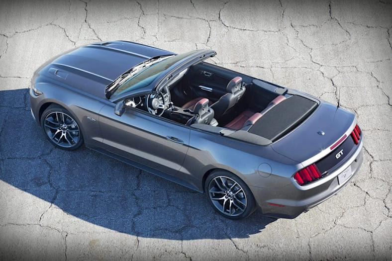 2017 Ford Mustang GT Premium 2dr Convertible Pictures
