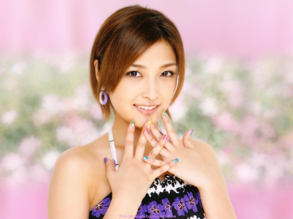 梨華ちゃんはハロプロのトップアイドル 石川梨華ちゃんの壁紙 Vol 23