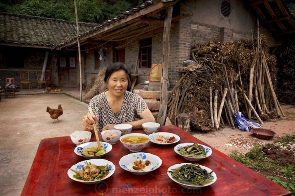 O que as pessoas comum comem nos diferentes países do mundo? 12