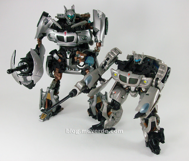 Transformers Jazz Human Alliance vs Deluxe - modo robot