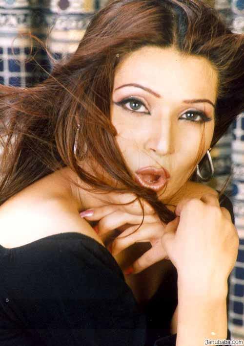 pakistani-modle-sexy-pic