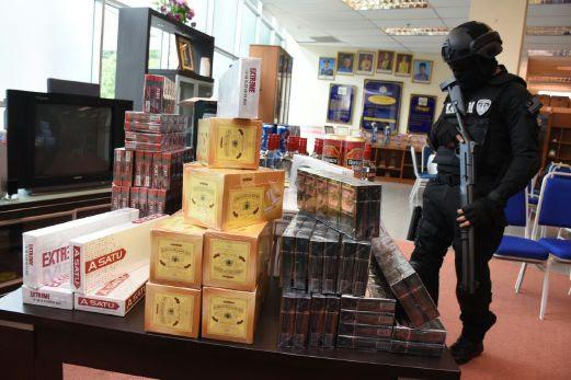 Image result for Selangor Customs foils smuggling attempt,
