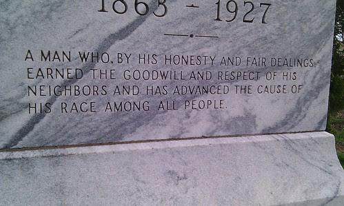 Grave marker of Robert Tutt