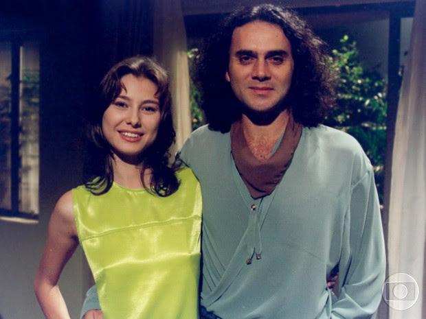 Lavínia fazia par romântico com o cantor Almir Satter na novela (Foto: Cedoc / TV Globo)
