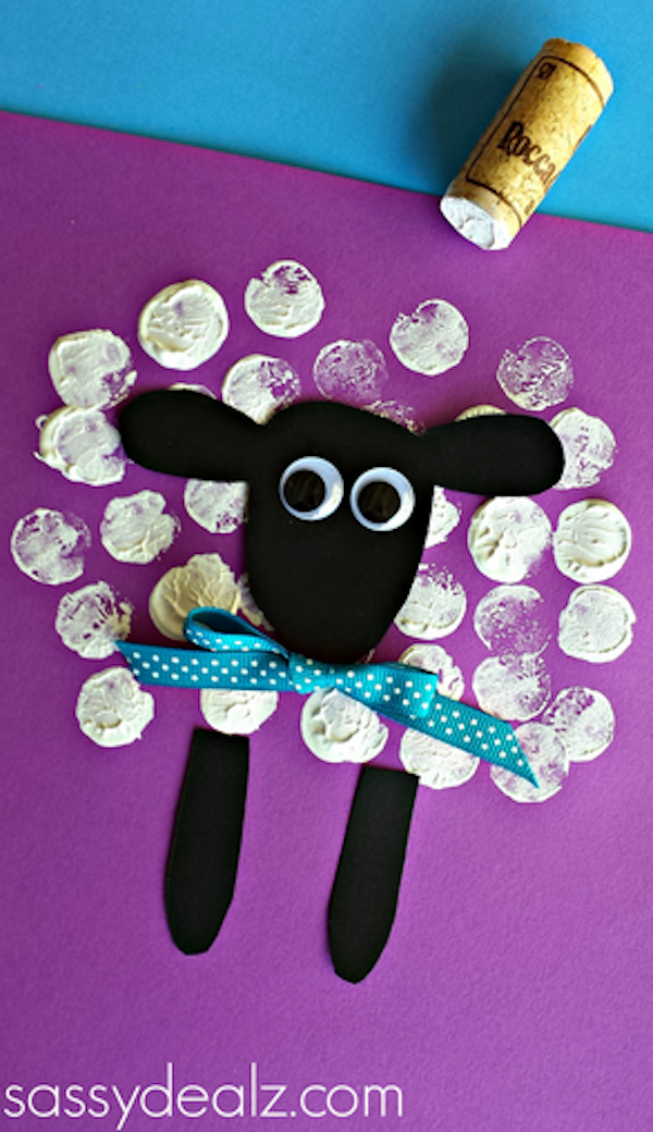 Easy Easter crafts with household objects: Make these cute springtime sheep with wine corks, DIY at Crafty Morning.