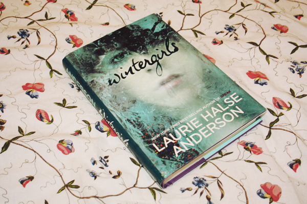 Wintergirls by Laurie Halse Anderson book review on Blogger's Bookshelf